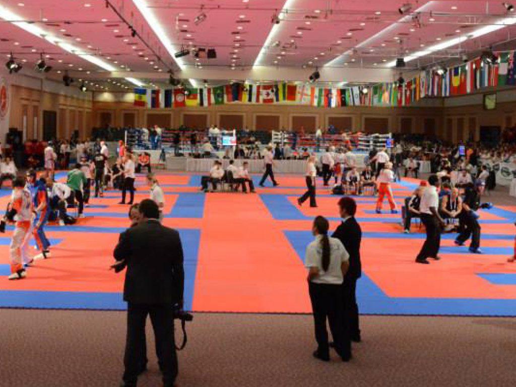 World Championships – Day 1